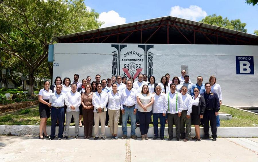 Reconocimiento del Cuerpo Académico consolidado por la SEP y presentación del libro La Microhistología y su aplicación a la Agroforestería Pecuaria